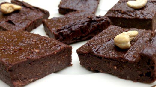 Gesunde Süßkartoffel Brownies | vegan & ohne Zucker